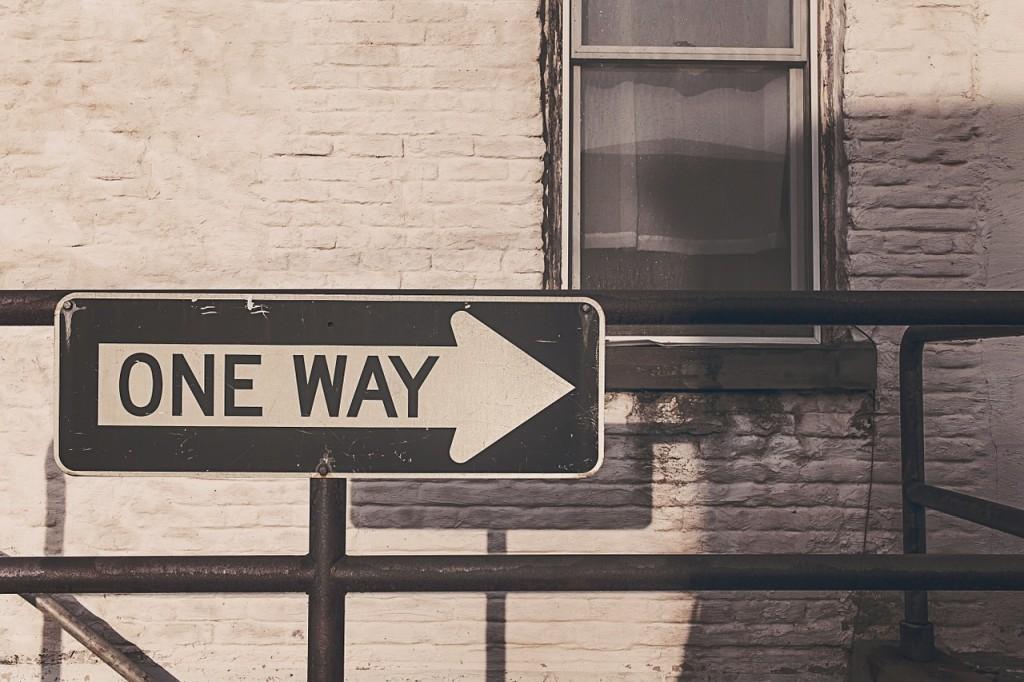 one-way-street-362172_1280