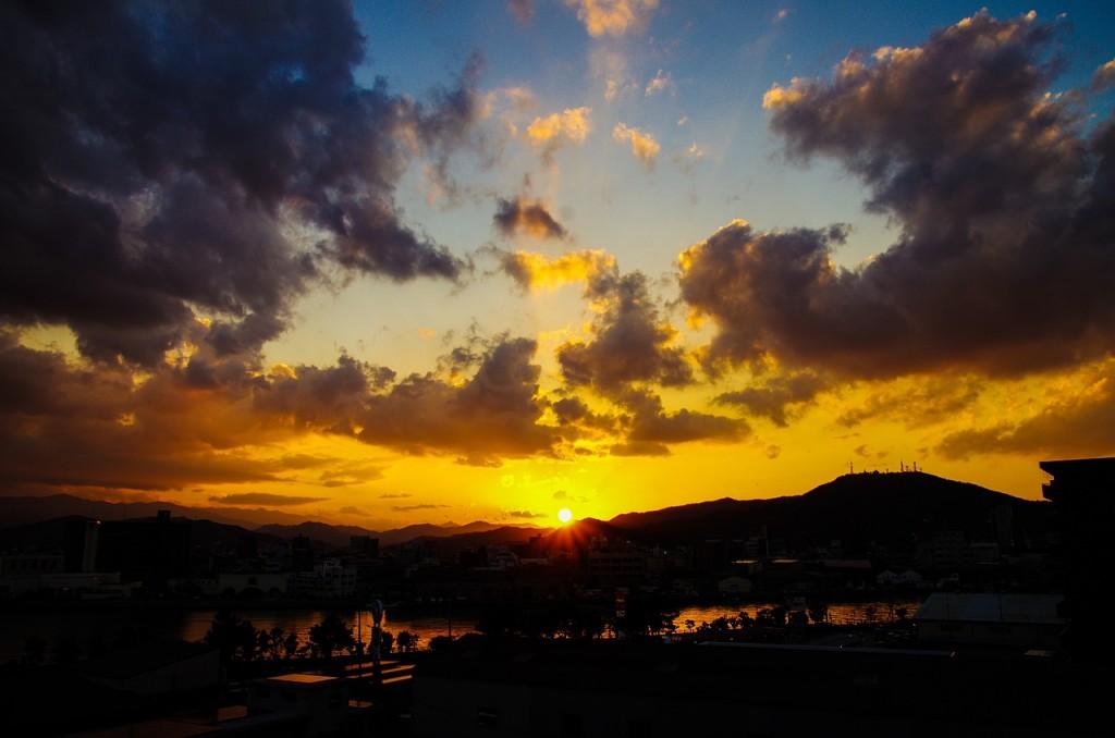 sunset-913350_1280