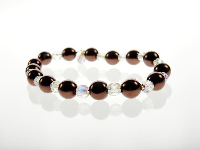 jewellery-1639039_640